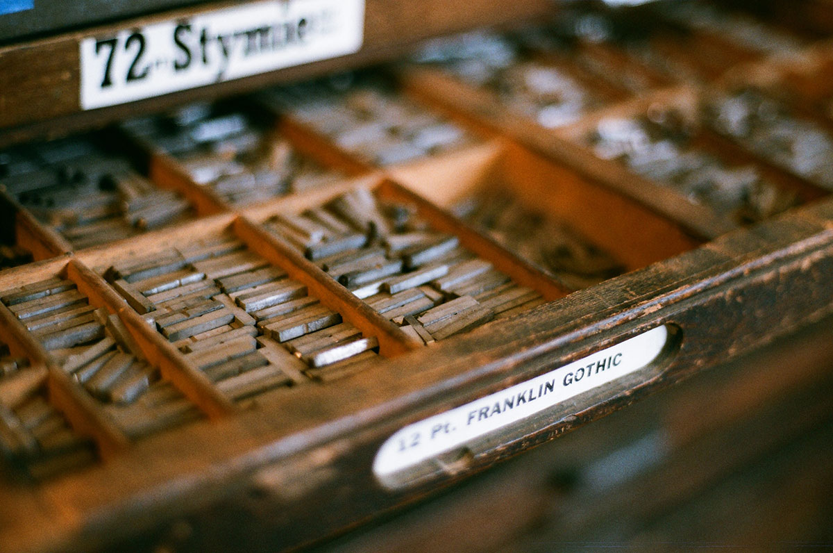 Letterpress typeface Franklin Gothic
